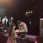 Angga Melamar Intan di Konser Kahitna